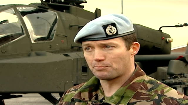rescue mission by royal marines in attempt to save fallen comrade; major mike mcginty interview sot - in the british armed forces, this is the first... - 英国海兵隊点の映像素材/bロール