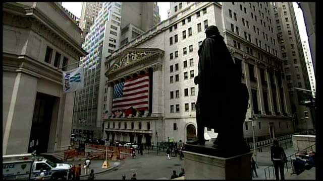 rescue plan to be agreed in congress new york wall street general view of intersection with broad street including statue of george washington - george washington stock videos and b-roll footage
