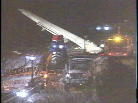 rescue workers help the passengers of us airways flight 1549 out of the hudson river. - river hudson stock videos & royalty-free footage
