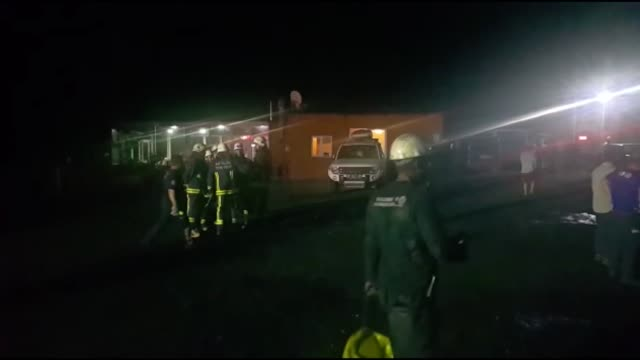 rescue workers try to evacuate trapped miners after gas explosion occurred in a coal mine in the village of ovacik in the kemer district of antalya... - 発電所関係の職業点の映像素材/bロール