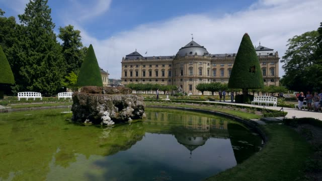 residence and hofgarten, wuerzburg residence, wuerzburg, lower franconia, bavaria, germany - besichtigung stock-videos und b-roll-filmmaterial