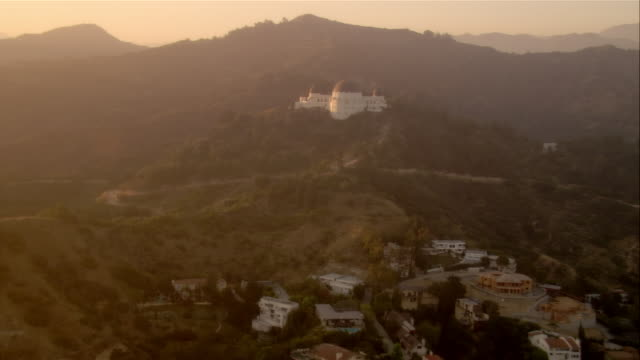 aerial residential area and griffith observatory, los angeles, california, usa - griffith observatory stock videos & royalty-free footage