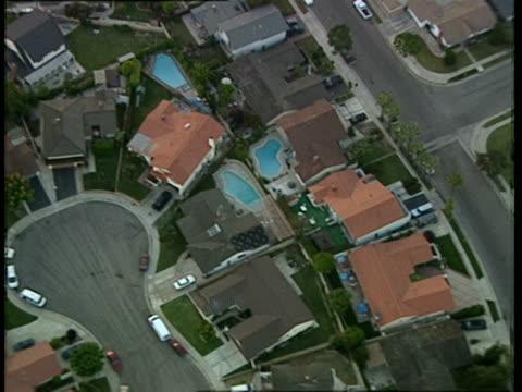low aerial, residential neighborhood, costa mesa, california, usa - costa mesa stock videos & royalty-free footage