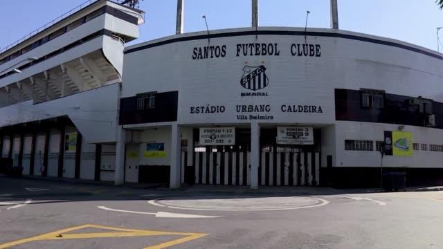 residents in footballer neymar's brazilian hometown santos where he cut his footballing teeth weigh in on his imminent transfer from barcelona to psg - hometown bildbanksvideor och videomaterial från bakom kulisserna