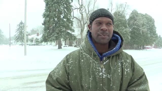 residents in northern flint are still struggling with the water crisis hitting the city in a neighborhood where many houses are abandoned and around... - michigan stock videos and b-roll footage