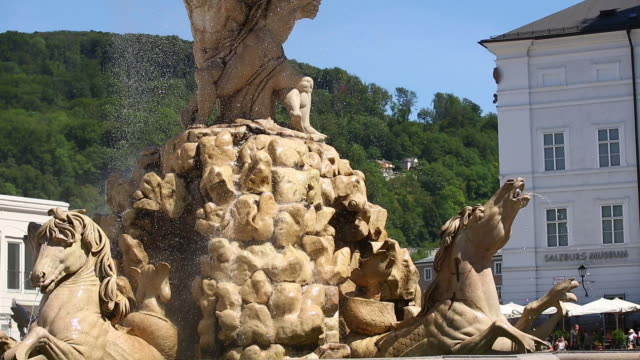 tu residenzbrunnen on the residenzplatz in salzburg - motion controlled shot. - female likeness stock videos & royalty-free footage