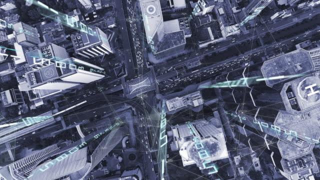 4k解像度ビッグデータコネクション.通信ネットワーク.スマートシティ.モノのインターネット。バンコク市タイ - big data点の映像素材/bロール