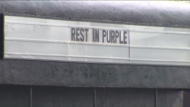 KTLA 'Rest in Purple' On The Roxy Venue Marquee To Honor Prince