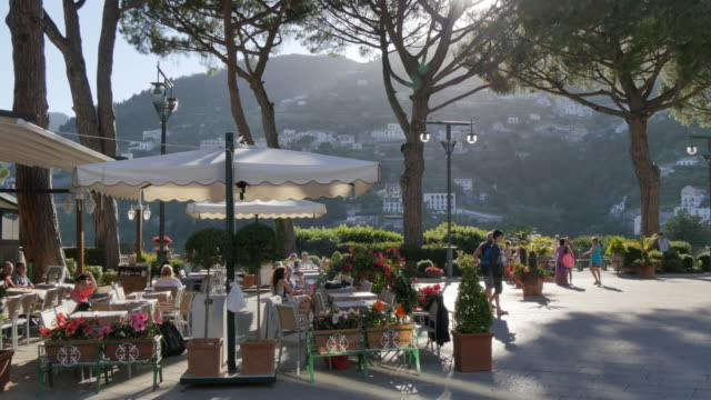 Restaurant in Piazza Duomo, Ravello, Costiera Amalfitana (Amalfi Coast), UNESCO World Heritage Site, Campania, Italy, Europe