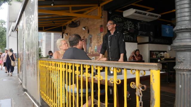 vídeos de stock e filmes b-roll de restaurant in the neighbourhood copacabana on november 27, 2019 in rio de janeiro, brazil - cultura latino americana
