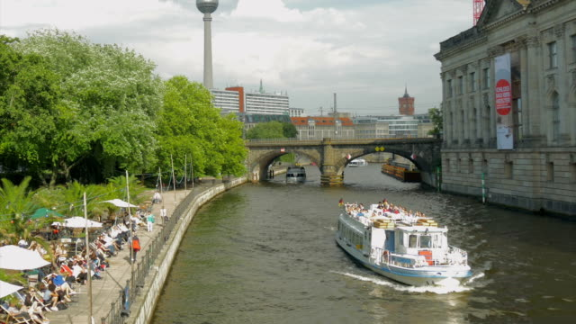 restaurant,,river spree,statues,boats,ws, - arch bridge stock videos & royalty-free footage