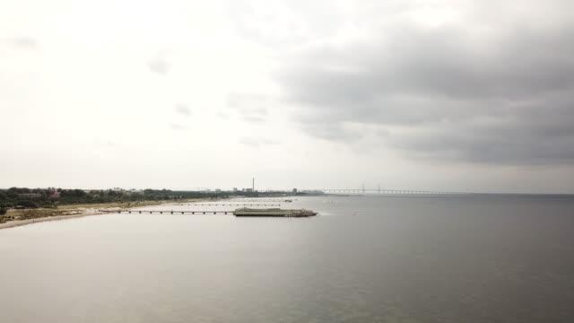 vídeos de stock e filmes b-roll de øresund bridge - região de oresund