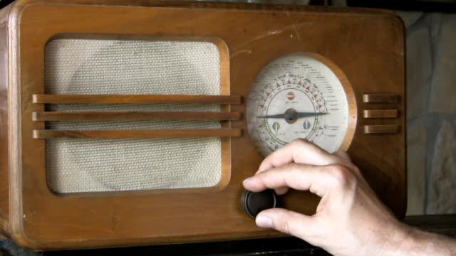 vidéos et rushes de radio rétro - poste de radio