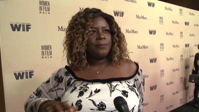 interview retta at 2019 women in film annual gala presented by max mara with additional support from partners delta air lines and lexus at the... - delta air lines stock-videos und b-roll-filmmaterial