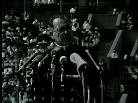 "vídeos de stock e filmes b-roll de rev. theodore m. hesburgh talks about struggle to pass civil rights act during speech at the illinois ""i have a dream"" civil rights rally at soldier... - 1964"