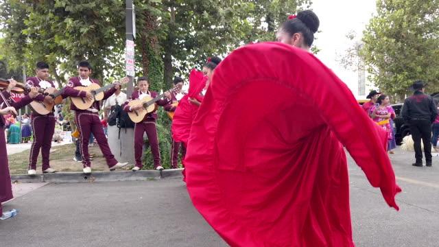 revelers perform during santa ana's annual fiestas patrias parade on september 15, 2019 in santa ana, california. fiestas patrias marks mexican... - parade stock videos & royalty-free footage