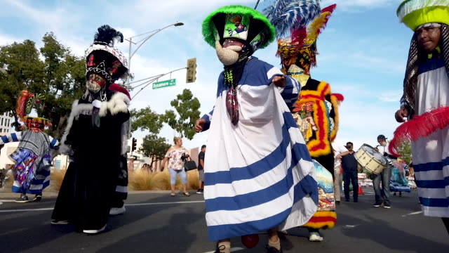 revelers perform during santa ana's annual fiestas patrias parade on september 15 2019 in santa ana california fiestas patrias marks mexican... - parade stock videos & royalty-free footage