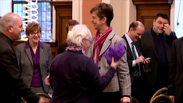 reverend libby lane to become first female bishop in church of england england greater manchester stockport photography** reverend libby lane along... - stockport bildbanksvideor och videomaterial från bakom kulisserna