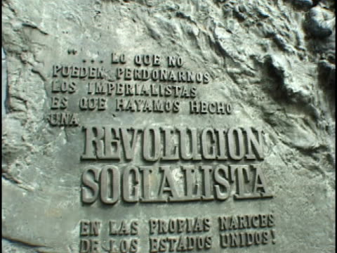 vídeos y material grabado en eventos de stock de ms, zi, cu, revolution monument, havana, cuba - escritura occidental