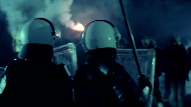 革命 - 盾点の映像素材/bロール
