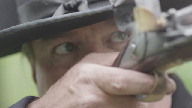 revolutionary war soldier fires musket - rifle stock videos & royalty-free footage