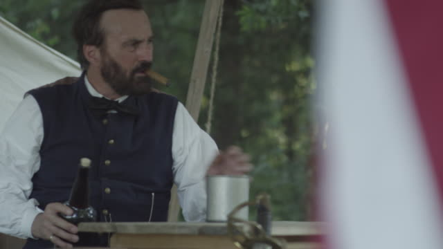 revolutionary war soldier pours drink - tobacco product stock videos & royalty-free footage