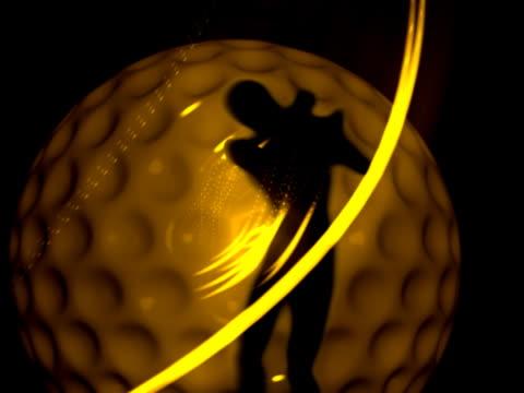 vídeos de stock e filmes b-roll de revolving silhouette of a golfer holding a golf club backlit with gold light - linha ondulada