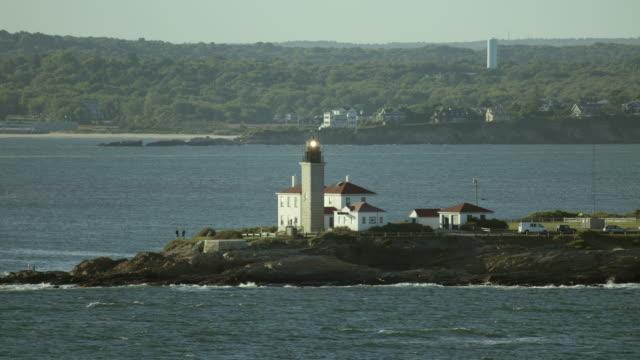rhode island's beavertail lighthouse - jamestown stock-videos und b-roll-filmmaterial