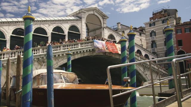 ms, la, rialto bridge, venice, italy - 1500 talsstil bildbanksvideor och videomaterial från bakom kulisserna
