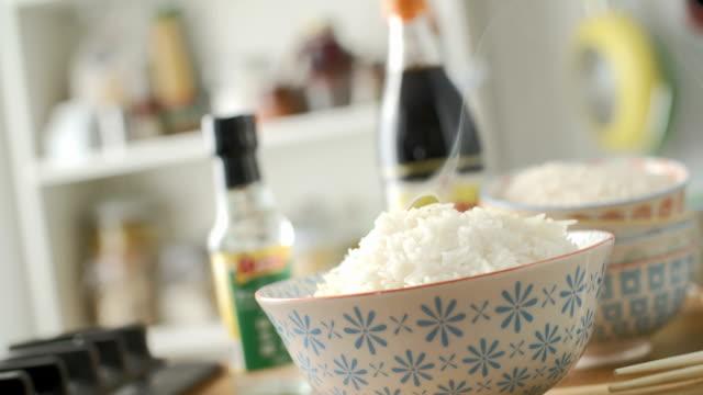 vídeos y material grabado en eventos de stock de arroz vinagre cnapfoo923 - glaseado para postres
