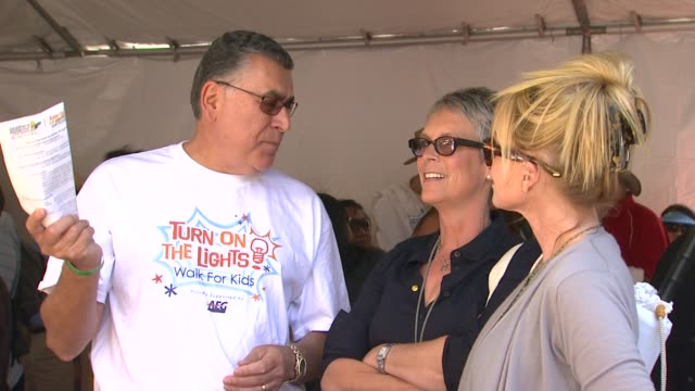 rich cordova jamie lee curtis melanie griffith at the heidi klum jamie lee curtis join children's hospital los angeles for 5k walk street party... - melanie griffith stock videos and b-roll footage