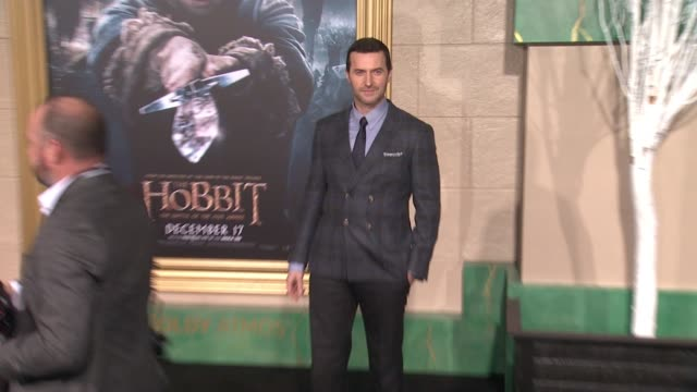 "richard armitage at ""the hobbit: the battle of the five armies"" los angeles premiere at dolby theatre on december 09, 2014 in hollywood, california. - the hobbit: the battle of the five armies stock videos & royalty-free footage"