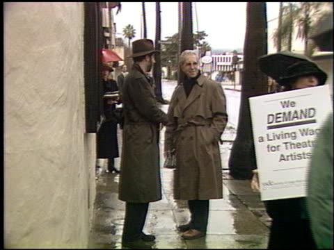 richard blackwell at the stage directors protest at pasadena playhouse in pasadena california on january 17 1993 - pasadena playhouse stock videos & royalty-free footage