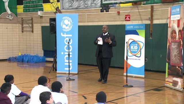 richard buery, deputy nyc mayor thanks the principal for hosting the event, commends the program, talks about being healthy being helpful to doing... - brian wells stock videos & royalty-free footage