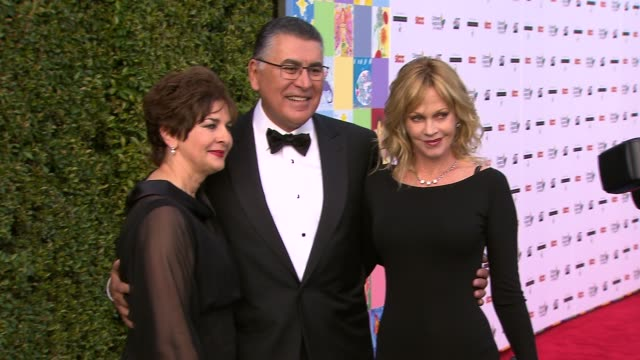 vídeos de stock e filmes b-roll de richard cordova , melanie griffith at the celebrities, dignitaries 'dream for kids' at grand opening gala celebrating new hospital at children's... - melanie griffith