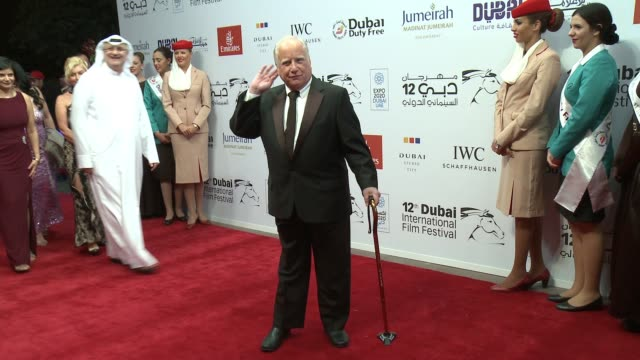 vídeos de stock e filmes b-roll de richard dreyfuss at madinat jumeirah on december 09 2015 in dubai united arab emirates - richard dreyfuss