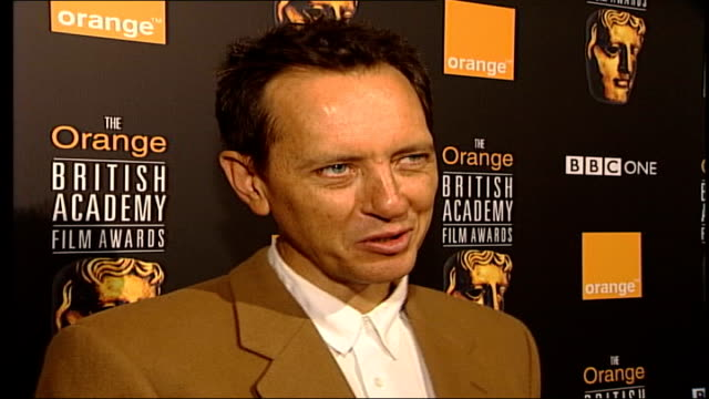 richard e grant interviewed sot - helen mirren plays tragic character, maggie smith plays comical one / when people cry on screen or in wheelchairs... - richard e. grant stock videos & royalty-free footage