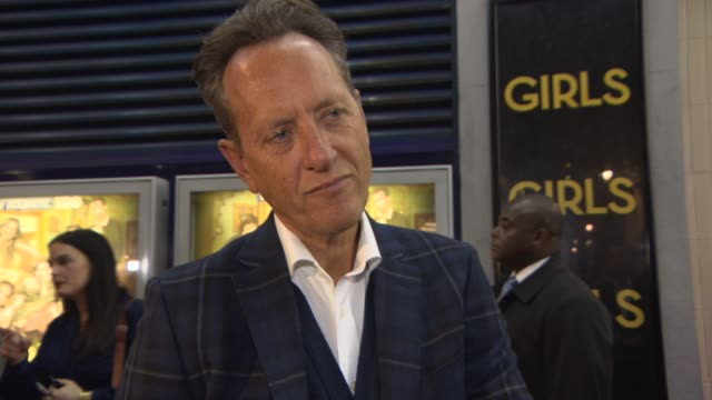 richard e grant on arriving on set, comparing 'spice girls: the movie' and 'girls', working on set at girls' uk premiere at cineworld haymarket on... - richard e. grant stock videos & royalty-free footage