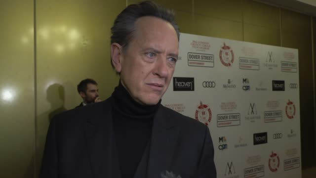 vídeos de stock e filmes b-roll de richard e. grant on awards, work colleagues and his long waited past at the mayfair hotel on january 20, 2019 in london, england. - richard e. grant