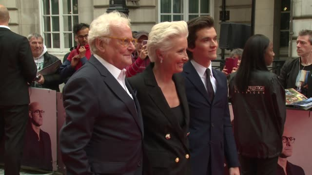richard eyre, emma thompson, fionn whitehead at the curzon mayfair on august 16, 2018 in london, england. - エマ・トンプソン点の映像素材/bロール