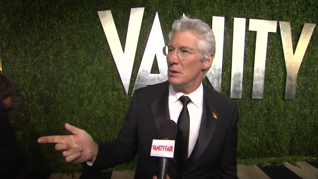 INTERVIEW Richard Gere at The 2013 Vanity Fair Oscar Party Hosted By Graydon Carter INTERVIEW Richard Gere at The 2013 Vanity Fair at Sunset Tower on...