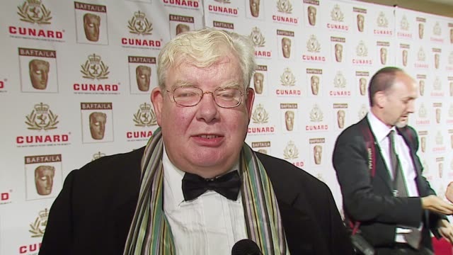 richard griffiths of 'the history boys' on the play and film, and what he loves most about americans at the 2006 bafta/cunard britannia awards at the... - the history boys stock videos & royalty-free footage