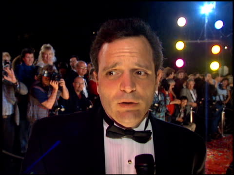 richard jeni at the comedy awards 95 at the shrine auditorium in los angeles california on february 26 1995 - ジャーマンコメディアワード点の映像素材/bロール