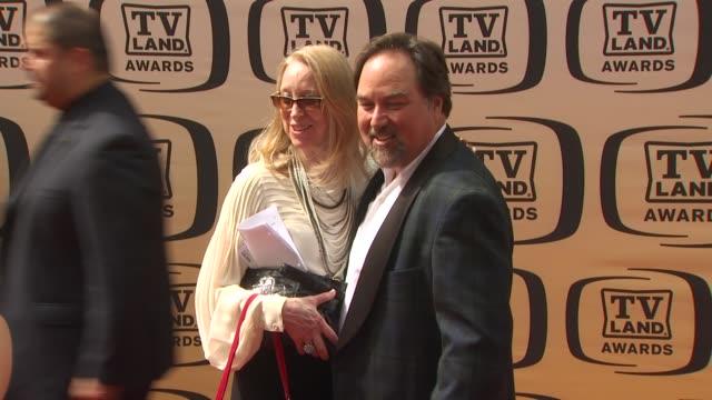 richard karn at the 8th annual tv land awards at los angeles ca. - リチャード カーン点の映像素材/bロール