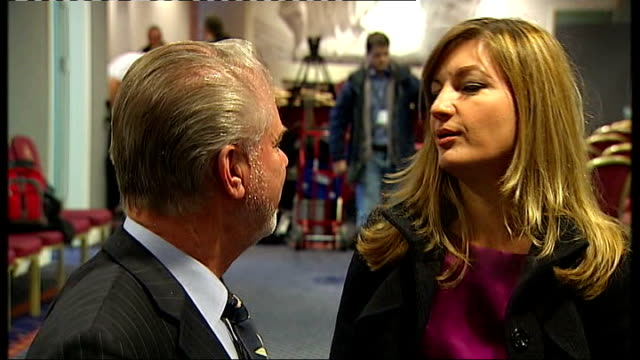richard keys and andy gray suspended from sky sports over sexist remarks r19011007 int various views of david gold chatting with karren brady - カレン ブラディ点の映像素材/bロール