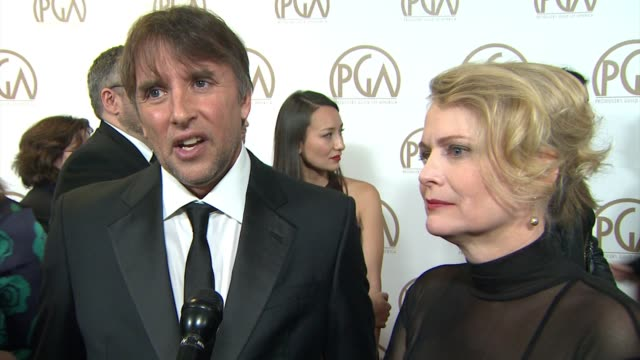 vidéos et rushes de richard linklater, cathleen sutherland on being here after this long journey at 26th annual producers guild awards in los angeles, ca 1/24/15 - producer's guild of america awards