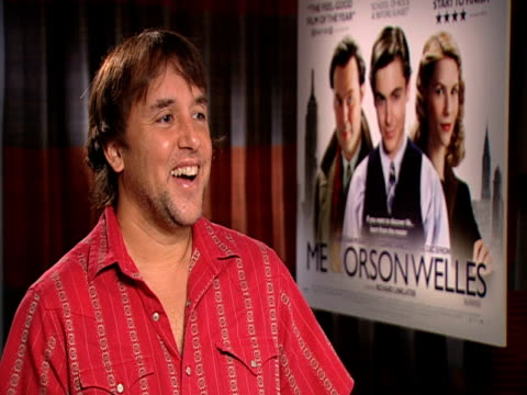 stockvideo's en b-roll-footage met richard linklater on claire danes and how funny it was that despoite still being young she was playing the 'older woman' in the film at the me orson... - richard linklater