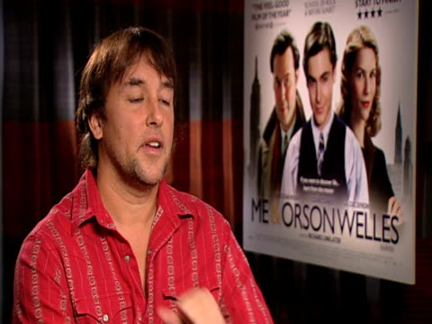 stockvideo's en b-roll-footage met richard linklater on how well the film was recieved at the premiere in london at the me orson welles interviews at london england - richard linklater