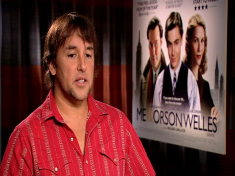 stockvideo's en b-roll-footage met richard linklater on zac efron and how talented he is as well as good looking at the me orson welles interviews at london england - richard linklater