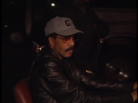 stockvideo's en b-roll-footage met richard pryor at the details magazine party at ambassador hotel - richard pryor